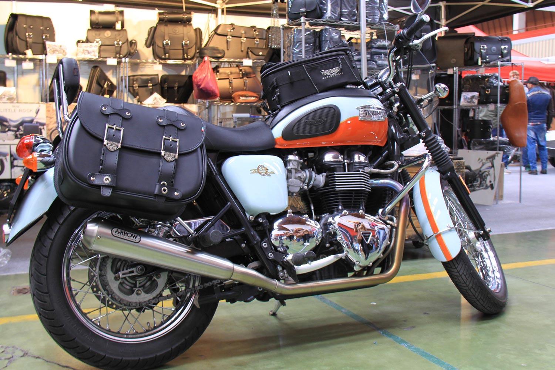 fdc618f037 11 Custom Bag Triumph (Right) - Franco Cuoio - Borse per Harley ...