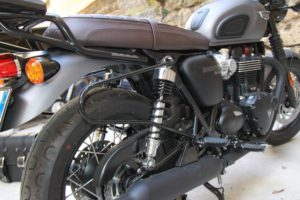 SUPPORTO sx T100-T120 – Street Twin dx