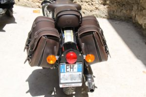 royal-enfield-500-classic-3