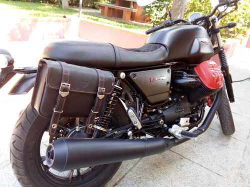 03 Saddlebag for Guzzi V7III Carbon Bag (support not included)